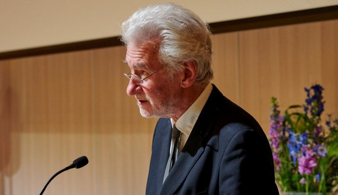 Photo of Professor Peter Nolan
