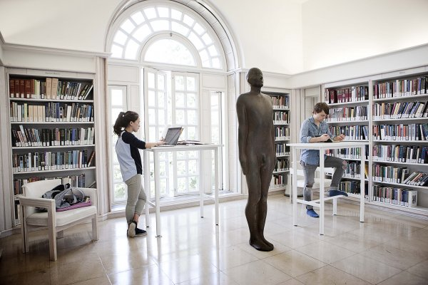 Learning to See by Antony Gormley