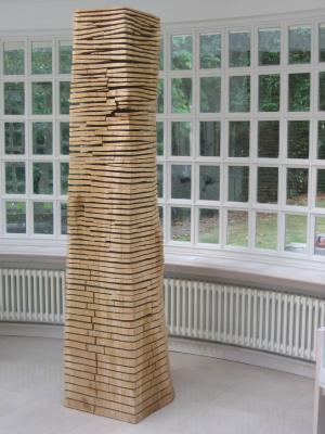 Crack Warp Column Oak by David Nash
