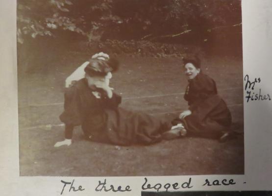 Bedders three legged race
