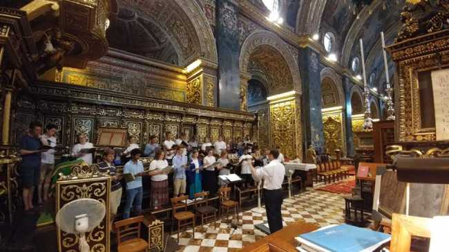 Photo of Choir rehearsing in St John's Co-Cathedral