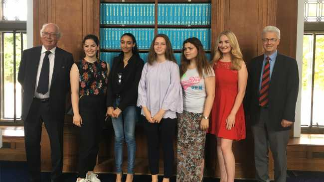 Image ofTeenagers receive Jesus College law essay prize