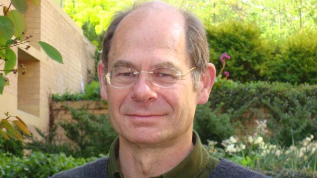 Image ofDr Stephen Siklos (1950-2019)