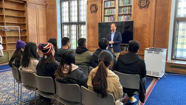 Image ofWuhan College comes to Jesus College for 2020 visiting programme