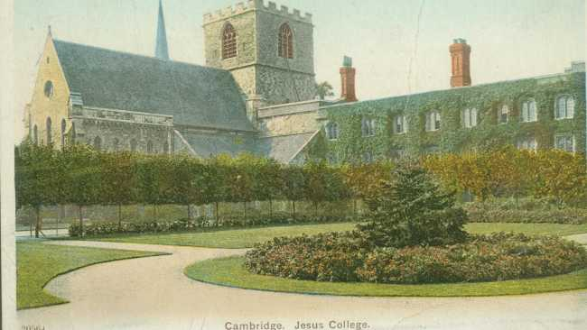Image of 1930s postcard, Chapel Court