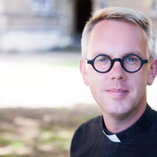 Photo of The Rev'd James Crockford